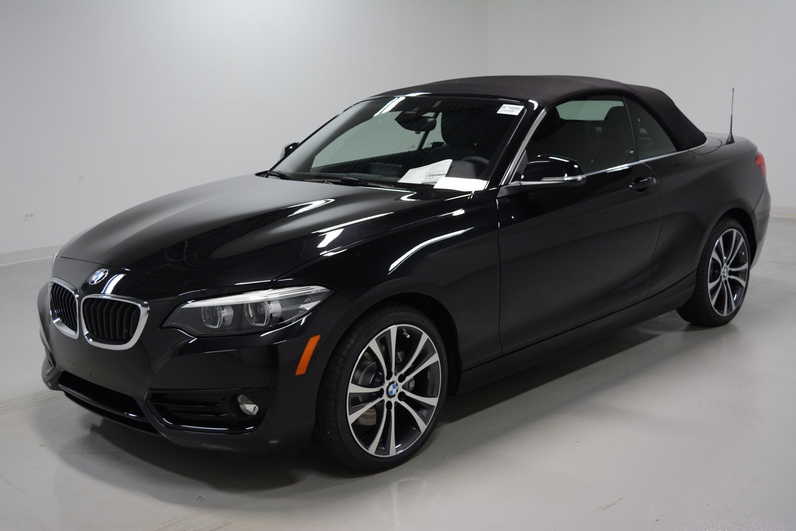 pre owned 2018 bmw 2 series 230i xdrive convertible convertible in elmhurst b7986 elmhurst bmw. Black Bedroom Furniture Sets. Home Design Ideas
