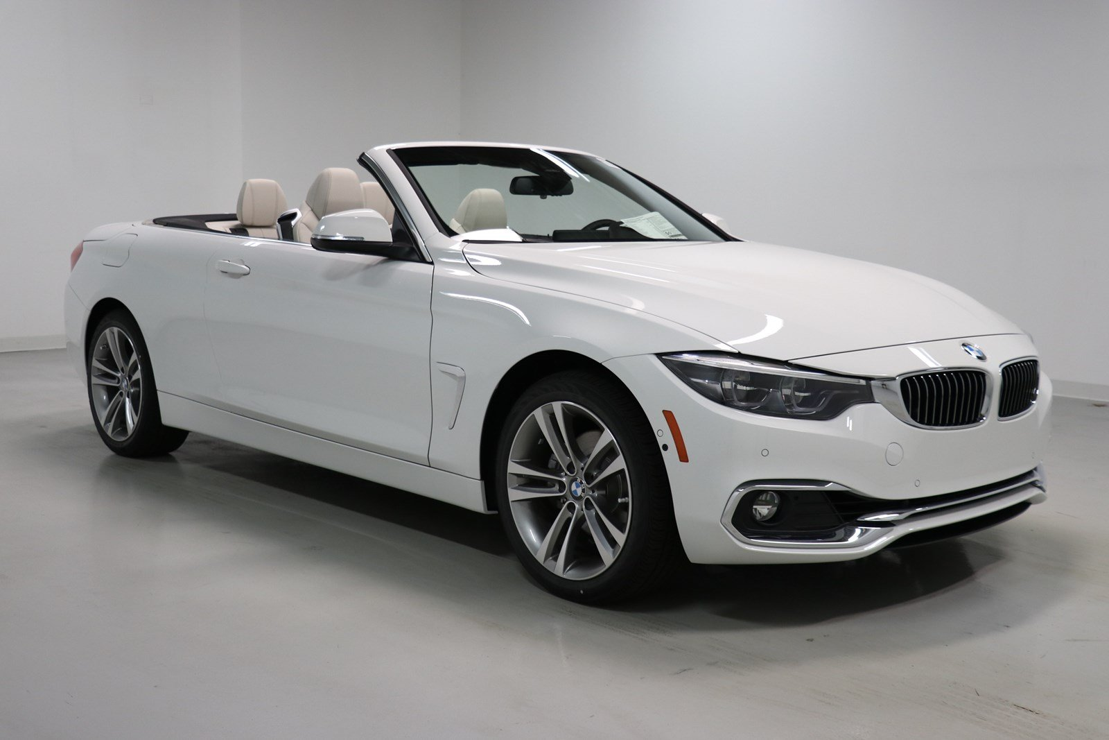 pre owned 2019 bmw 4 series 430i xdrive convertible convertible in elmhurst b8343 elmhurst bmw. Black Bedroom Furniture Sets. Home Design Ideas