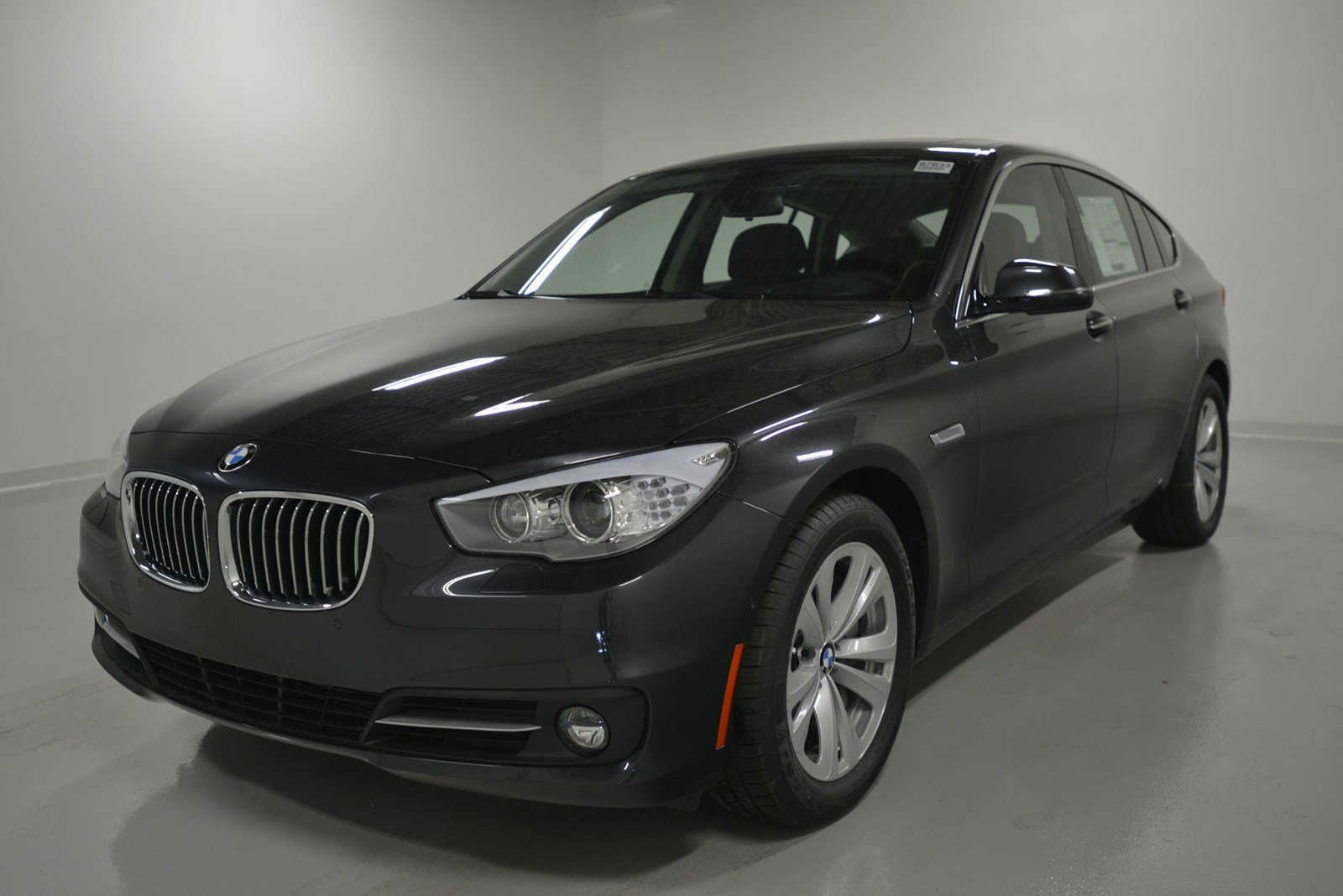 pre owned 2017 bmw 5 series 535i xdrive hatchback in elmhurst b7633 elmhurst bmw. Black Bedroom Furniture Sets. Home Design Ideas